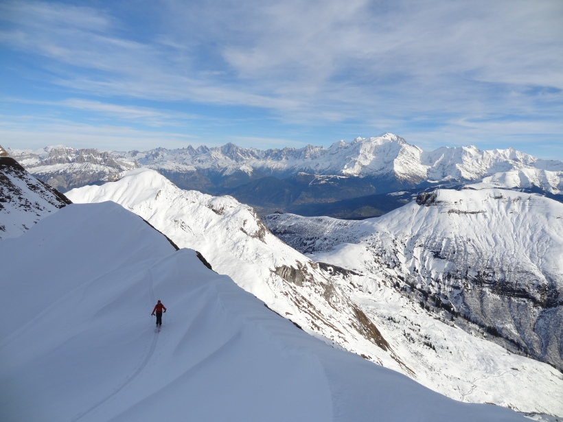 Beautiful, beautiful ski touring, with the added bonus of the Mont Blanc Massif in the background!