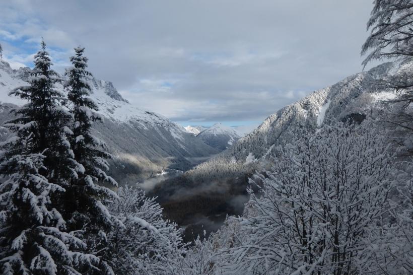 Breathtaking views on snowy walks